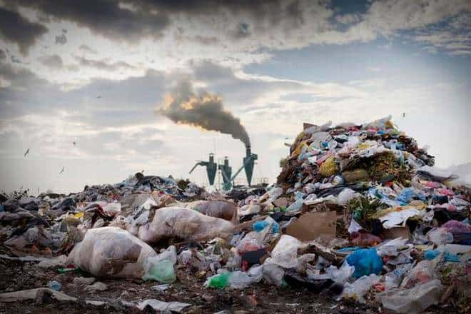 India's toxic love affair with plastic: on the 2022 ban against single-use products